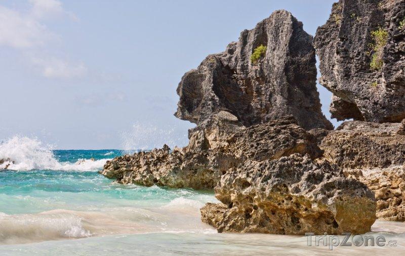 Fotka, Foto Útesy v Horseshoe Bay (Bermudy)