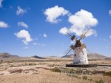 Větrný mlýn na ostrově Fuerteventura
