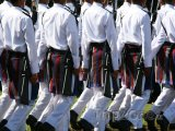 Vojáci při oslavě sultánových narozenin