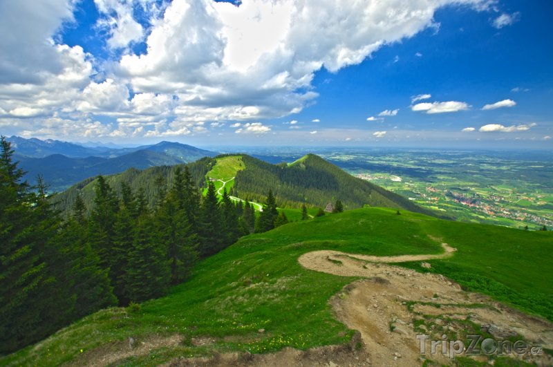 Fotka, Foto Bavorské Alpy u města Oberammergau (Bavorsko, Německo)