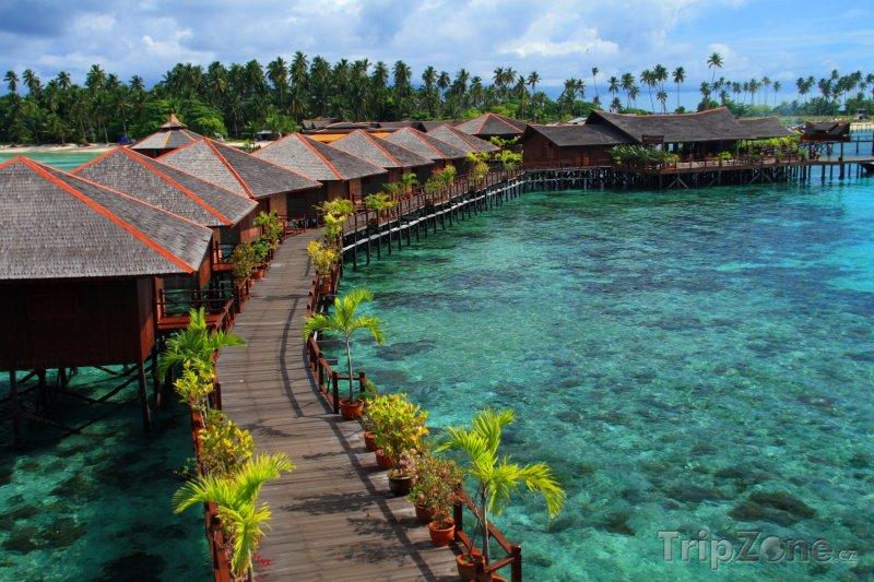Fotka, Foto Bungalovy na ostrově Mabul (Malajsie)