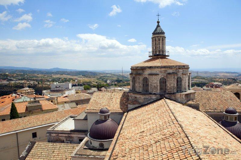 Fotka, Foto Catanzaro, věž katedrály (Itálie)
