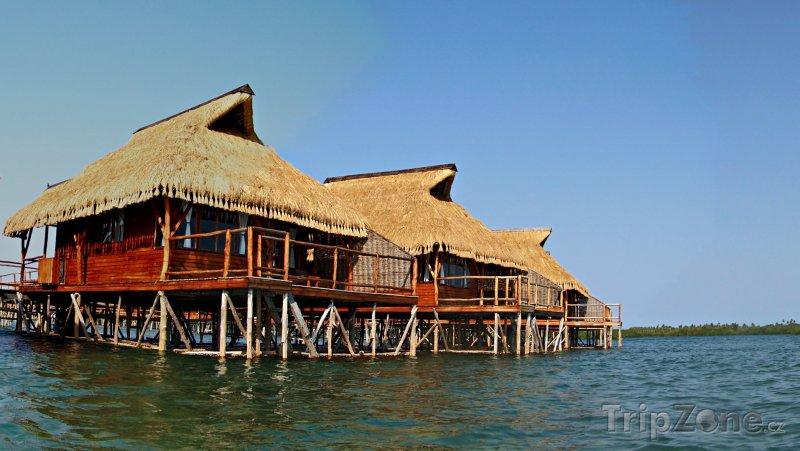 Fotka, Foto Chatky na moři u města Inhambane (Mosambik)