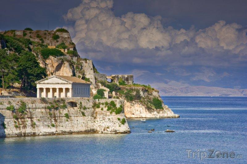 Fotka, Foto Chrám na ostrově Korfu (Řecko)