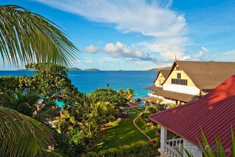 Fotka, Foto Domky na ostrově La Digue (Seychely)