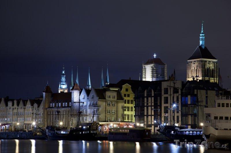 Fotka, Foto Gdaňsk v noci (Polsko)