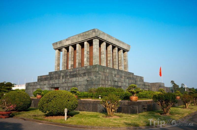 Fotka, Foto Ho Či Minovo mauzoleum (Hanoj, Vietnam)