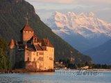 Hrad Chillon na Ženevském jezeru