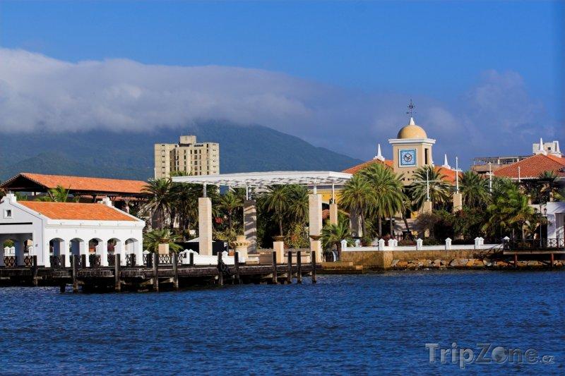 Fotka, Foto Isla de Mragarita, přístav ve městě Porlamar (Venezuela)