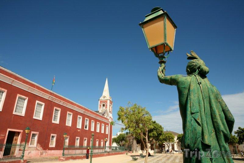 Fotka, Foto Island of Mozambique, hlavní náměstí (Mosambik)