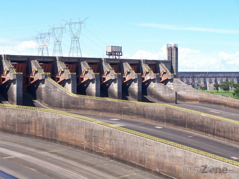 Fotka, Foto Itaipú, druhá nejvýkonnější vodní elektrárna na světě (Paraguay)