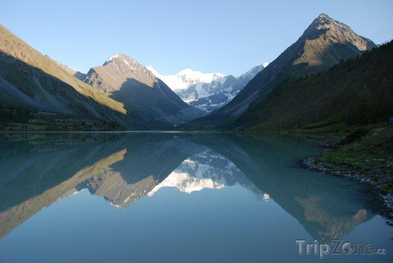 Fotka, Foto Jezero Akkem a hora Bělucha (Rusko)