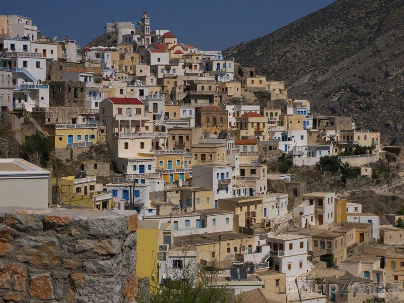 Fotka, Foto Karpathos, domy ve městě Pigadia (Řecko)
