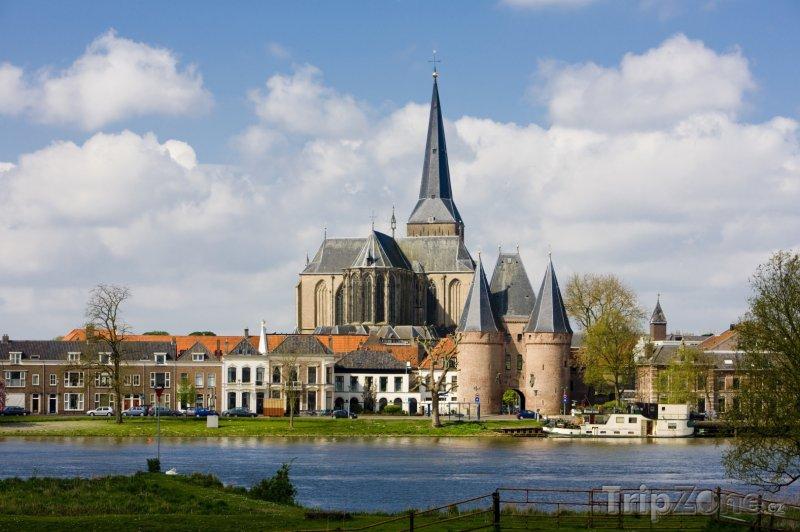 Fotka, Foto Kostel Bovenkerk ve městě Kampen (Nizozemsko)