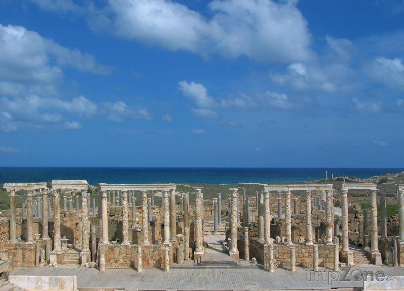 Fotka, Foto Leptis Magna, ruiny ochozů divadla (Libye)