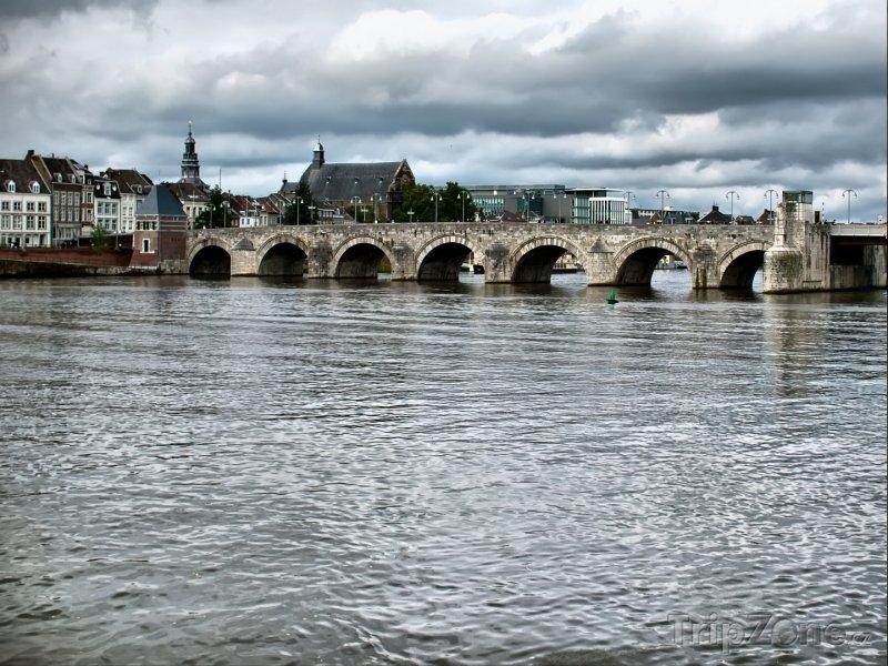 Fotka, Foto Maastricht, most Saint Servatius (Nizozemsko)