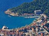 Makarska, pohled z hory na přístav
