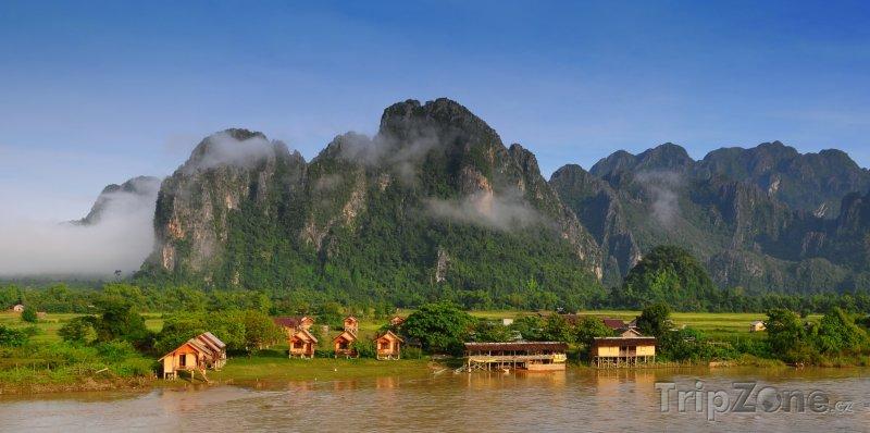 Fotka, Foto Městečko Vang Vieng (Laos)