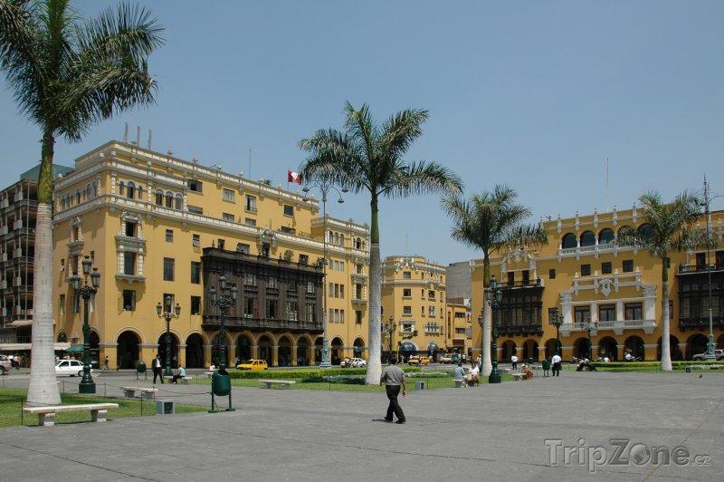 Fotka, Foto Náměstí v centru města (Lima, Peru)