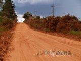 Okresní cesta na venkově