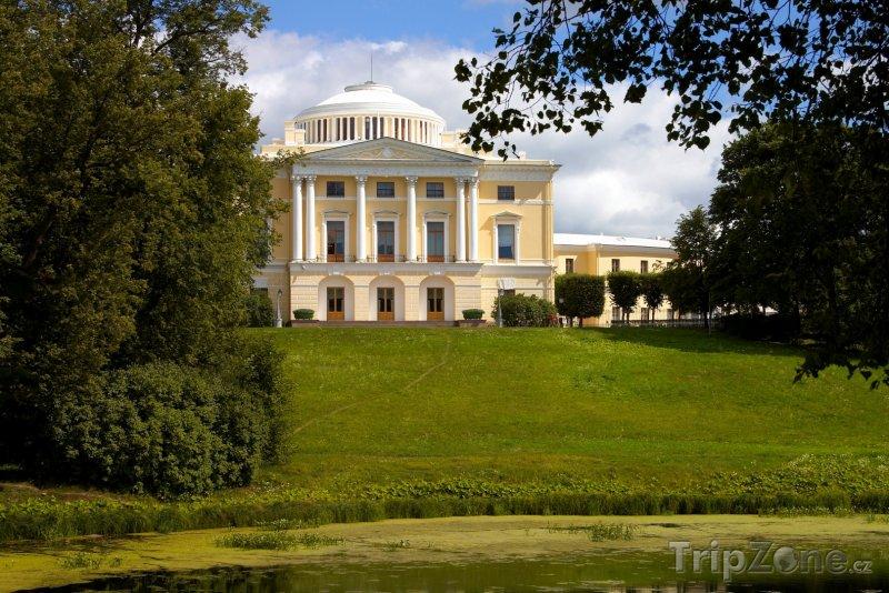 Fotka, Foto Palác Pavlovsk v Petrohradu (Rusko)