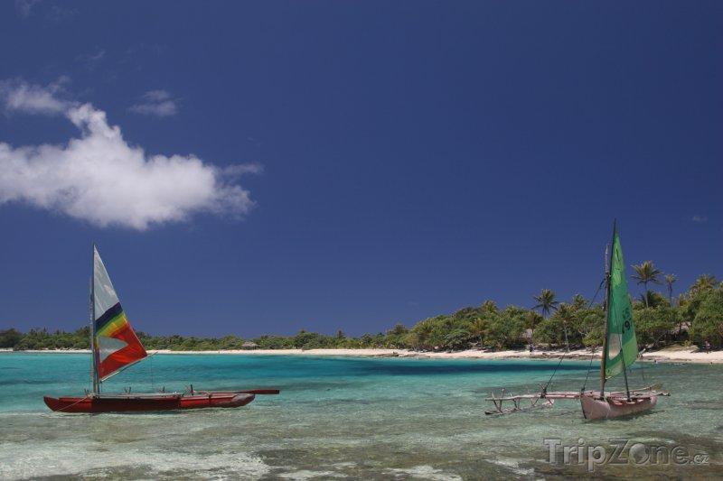 Fotka, Foto Plachetnice u ostrova Tegua (Vanuatu)