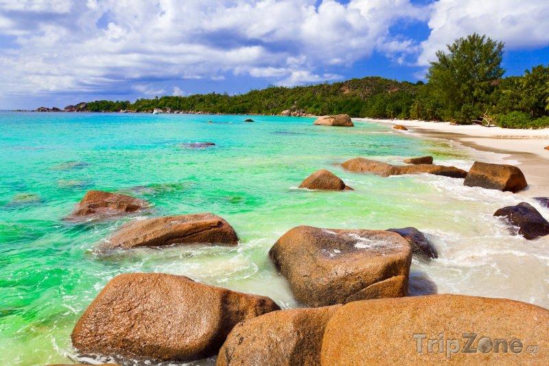 Fotka, Foto Pláž Anse Lazio na ostrově Praslin (Seychely)