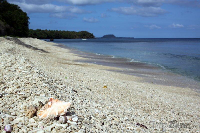 Fotka, Foto Pláž Eratap na ostrově Efate (Vanuatu)