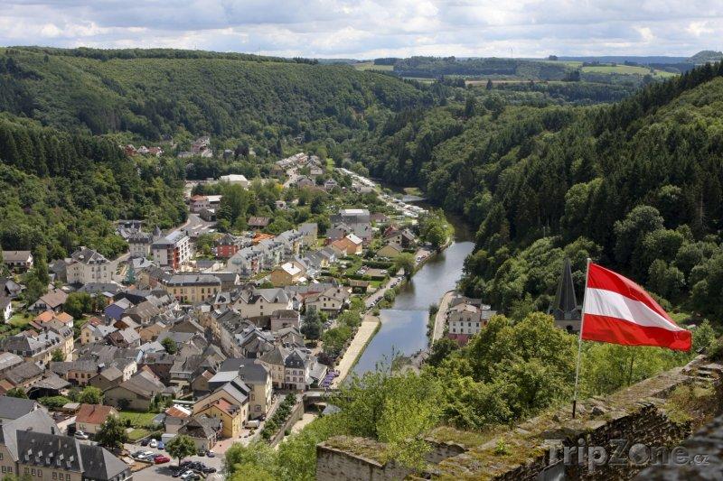 Fotka, Foto Pohled na město Vianden (Lucembursko)