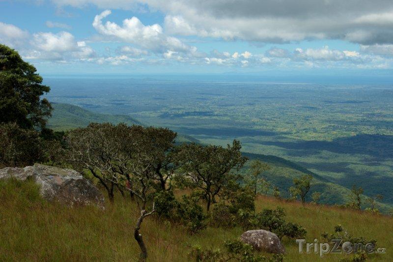 Fotka, Foto Pohled na přírodní rezervaci Chinguni (Malawi)