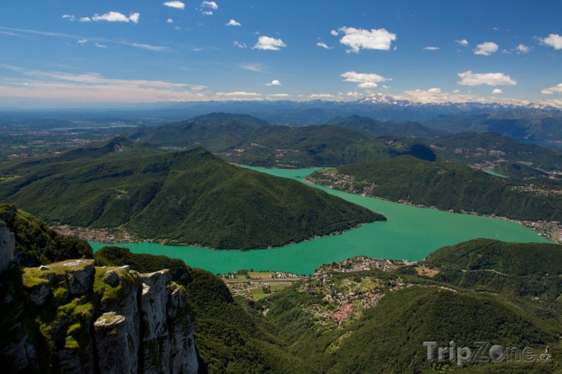 Fotka, Foto Pohled z hory Generoso na Luganské jezero (Švýcarsko)