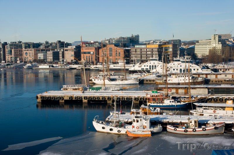 Fotka, Foto Přístav ve čtvrti Aker Brygge (Oslo, Norsko)