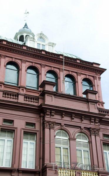 Fotka, Foto Red House, úřad parlamentu v Port of Spain (Trinidad a Tobago)
