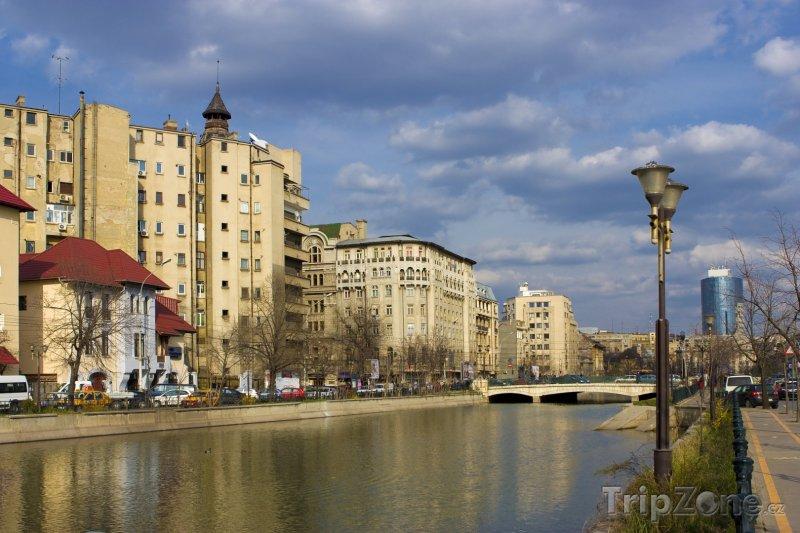 Fotka, Foto Řeka Dâmboviţa (Bukurešť, Rumunsko)