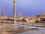Ruiny ve starověkém městě Sabratha