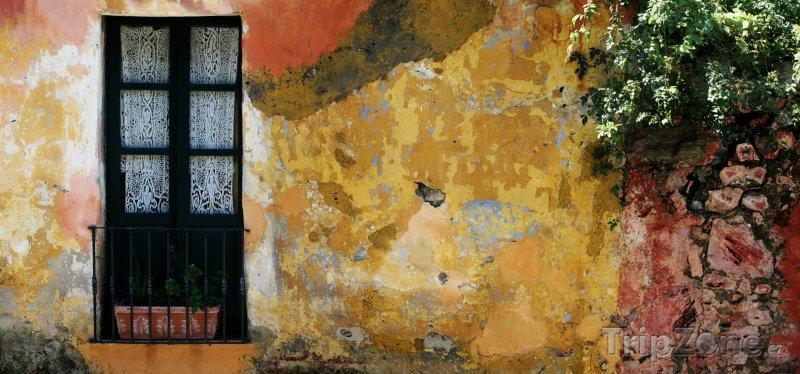 Fotka, Foto Starý dům ve městě Colonia del Sacramento (Uruguay)