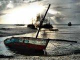 Vrak lodi na pobřeží u města Vilankulo