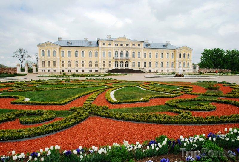 Fotka, Foto Zámek Rundāle poblíž města Bauska (Lotyšsko)