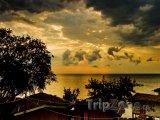 Západ slunce nad jezerem Malawi