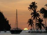Západ slunce nad Marigot Bay