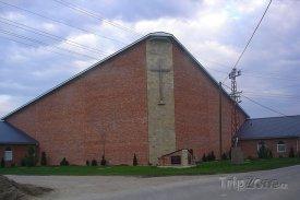 Bački Petrovac, kostel