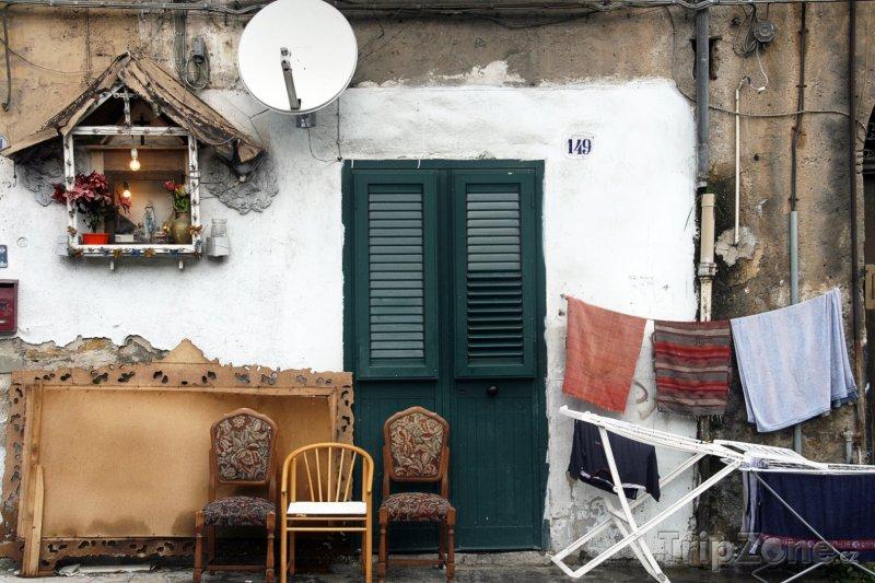 Fotka, Foto Dům v chudinské čtvrti ZEN (Palermo, Itálie)