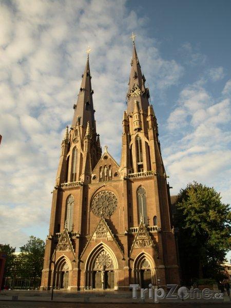 Fotka, Foto Eindhoven, kostel sv. Kateřiny (Nizozemsko)