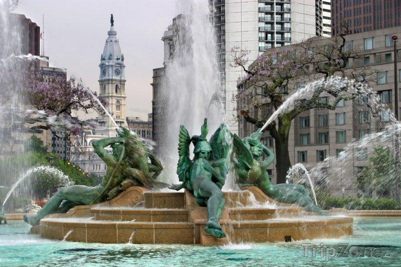 Fotka, Foto Fontána Tří řek na Logan Circle (Filadelfie, USA)
