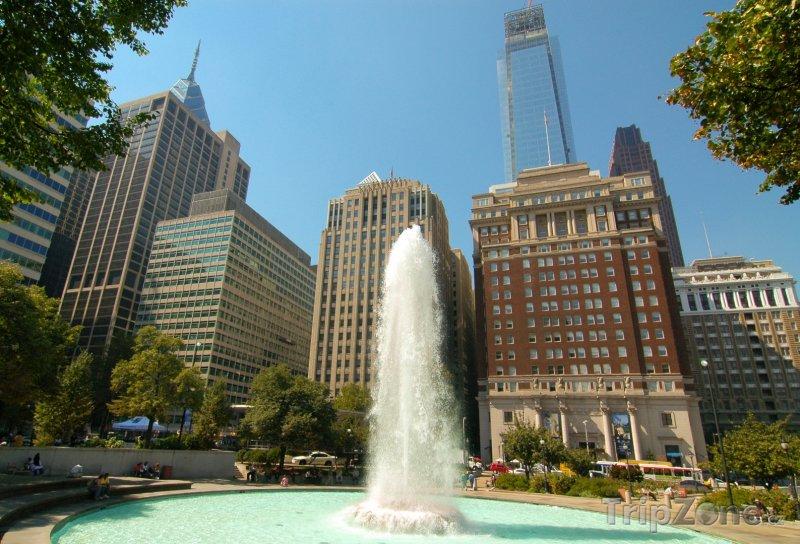Fotka, Foto Fontána v LOVE parku (Filadelfie, USA)