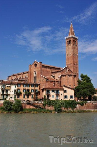 Fotka, Foto Kostel Svaté Anastázie (Verona, Itálie)