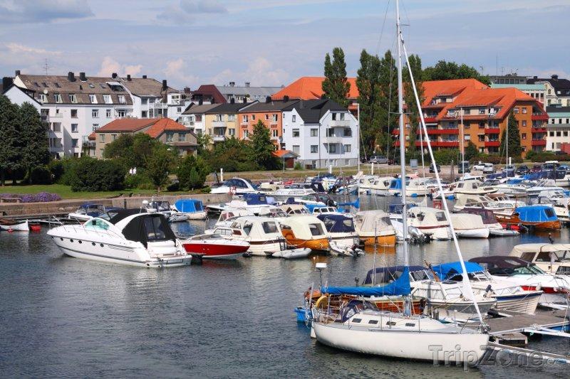 Fotka, Foto Kristiansand, jachty v přístavu (Norsko)