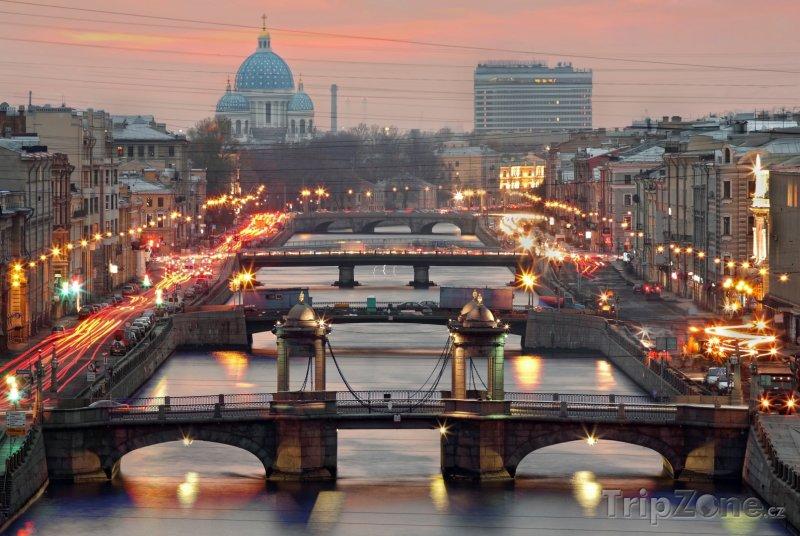Fotka, Foto Mosty přes řeku Fontanku (Petrohrad, Rusko)