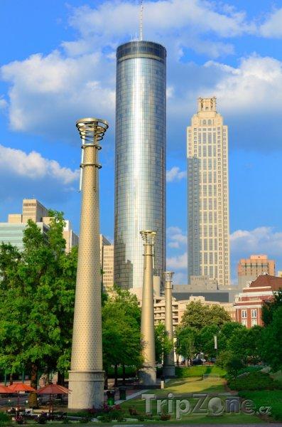 Fotka, Foto Mrakodrap Westin Peachtree Plaza (Atlanta, USA)