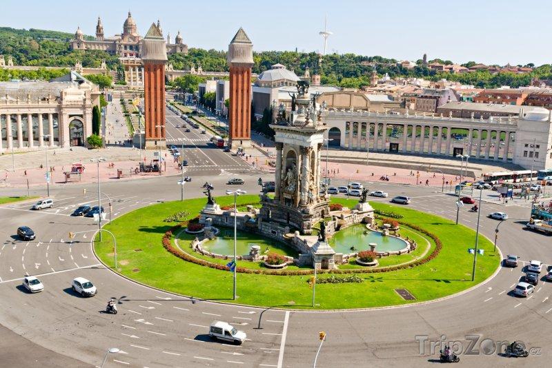 Fotka, Foto Náměstí Plaça d'Espanya (Barcelona, Španělsko)